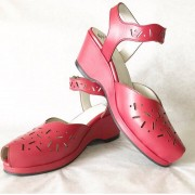 Mia Red Leather