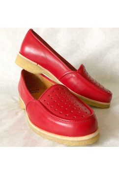Dot Red Leather