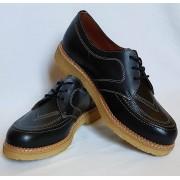 Boomerang Black Leather